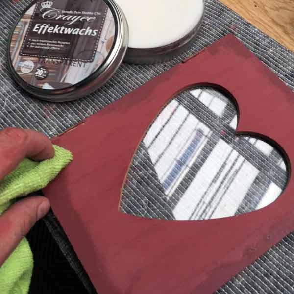 barve, krede in čistila za domače retro izdelke